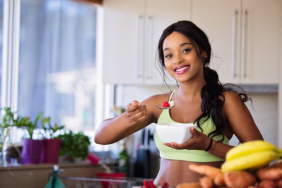 30代、産後ダイエットでもバストダウンは避けたい私がタンパク質のおかげで体重は減ってバストアップした話